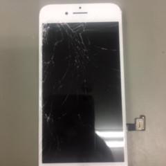 iPhone8 直せます。