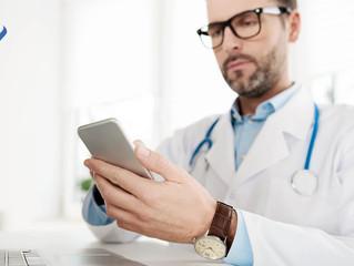 4 formas de generar ingresos extras como médico a través de internet