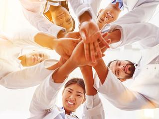 Razones por las que un médico se siente orgulloso de su profesión