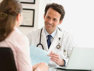 Asentir con la cabeza te hará un médico más agradable con tus pacientes
