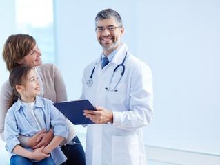 Ser amigo de tus pacientes en redes sociales, ¿un arma de doble filo?