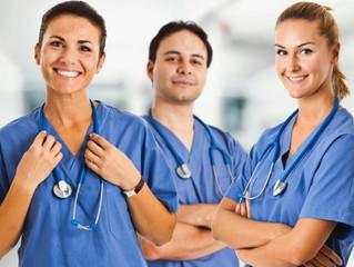 Una de cada cuatro enfermeras no volvería a elegir su profesión