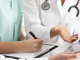 Errores comunes que pueden derivar en demandas médicas