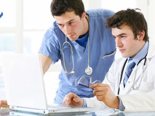 Posiciónate como médico en los medios digitales