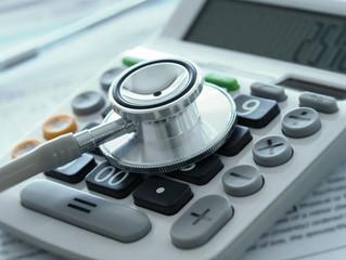 Revisiones financieras más estrictas para los médicos impuestos por el SAT