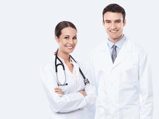 Cinco características de los médicos inteligentes que sabotean su camino al éxito