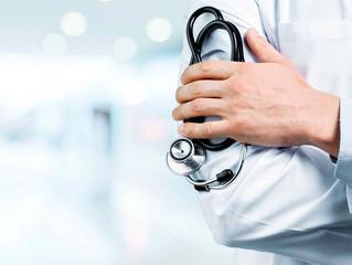 ¿El médico debe presentar una declaración anual ante el SAT?