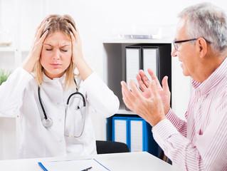 10 cosas que nunca debes hacer frente a tus pacientes