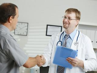 4 razones para aumentar el precio de tu servicio médico