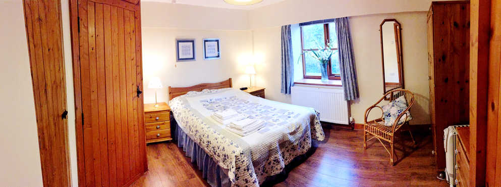 The Hayloft - Bedroom.JPG
