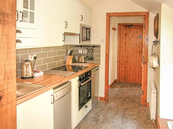 The Old Mill Holiday Cottage - The Hayloft Kitchen