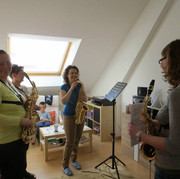 A fun session of saxophone ensemble coaching