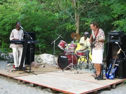 La Playa Beach Bar Live Music