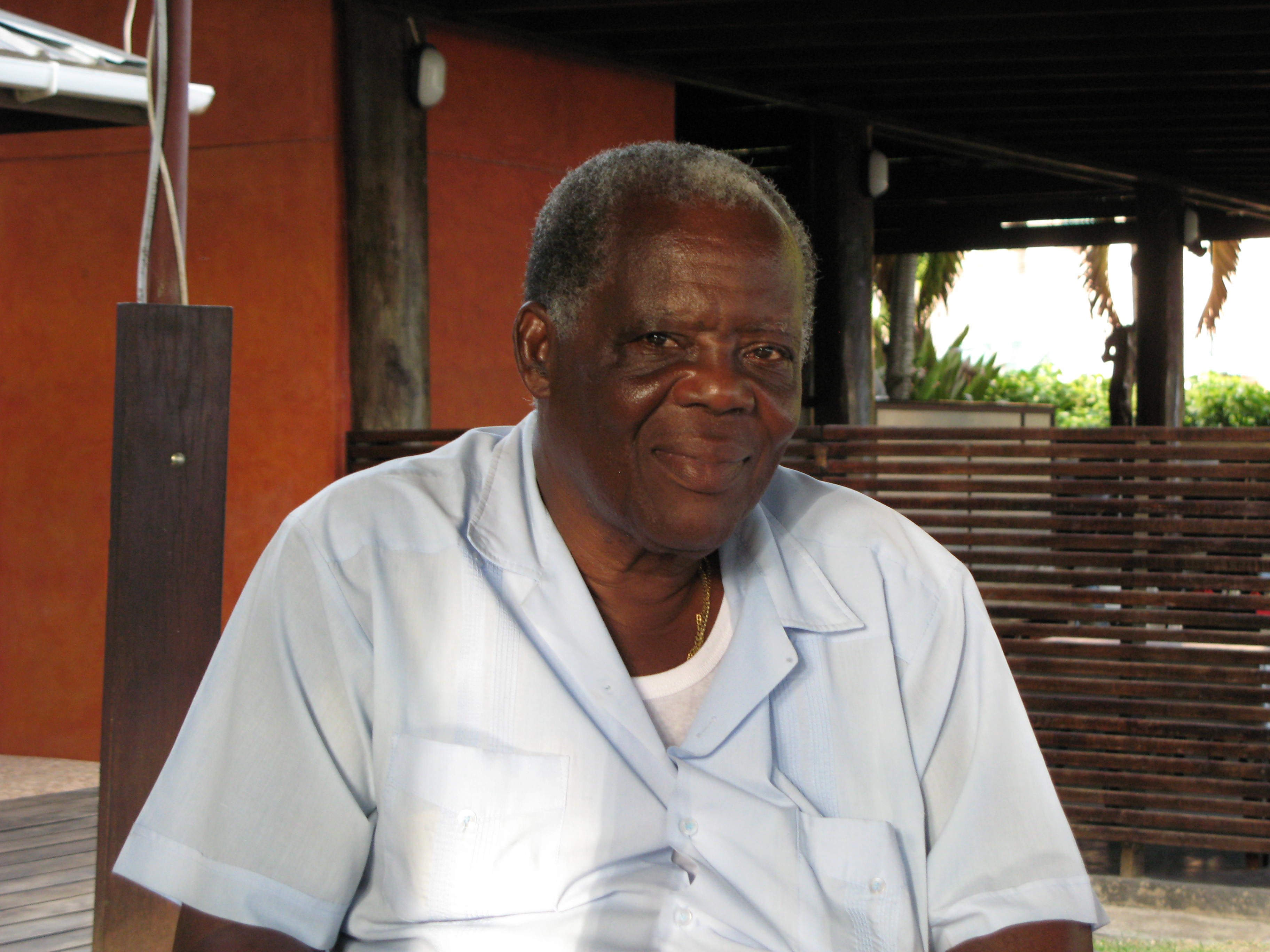 Grenada Tours 473-407-3577