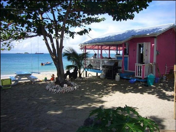 La Playa Beach Bar