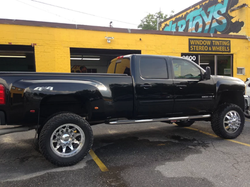 4x4 Truck with Rims