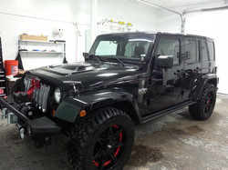 Jeep with Rims