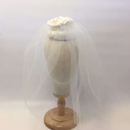 Roberta - White lace and silk button headpiece with a shoulder length veil