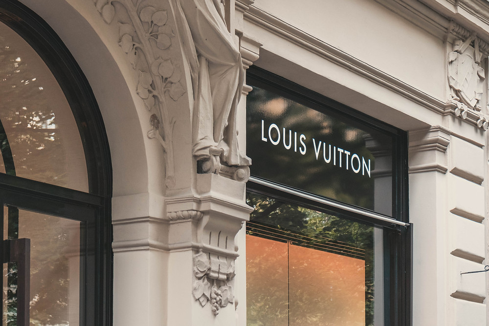 Louis Vuitton, Luxury Handbags, Fashion, Leather Goods