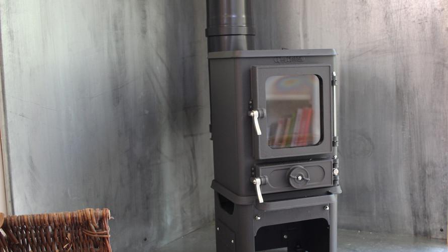 Salamander stove