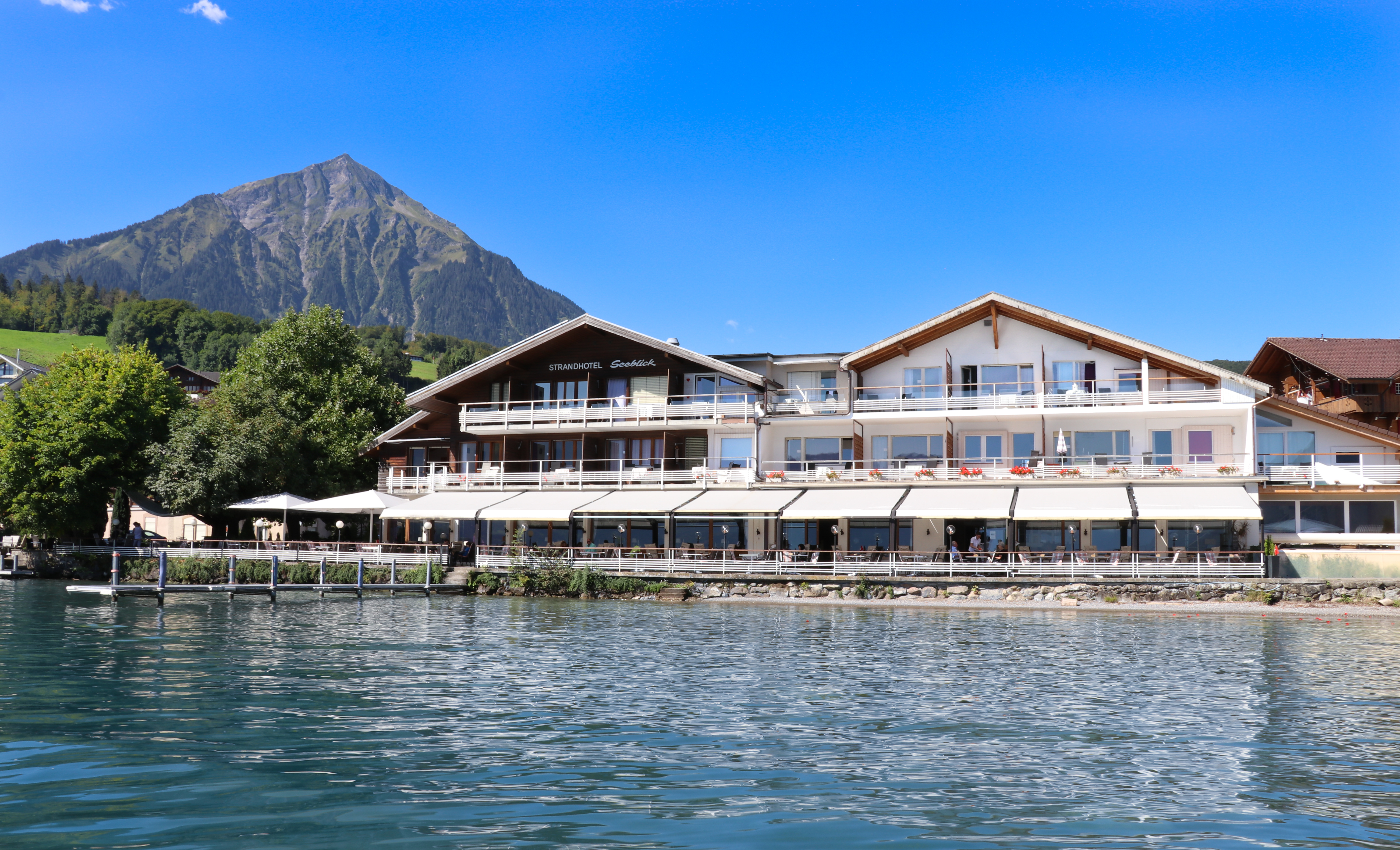 Hotelfront Seeblick