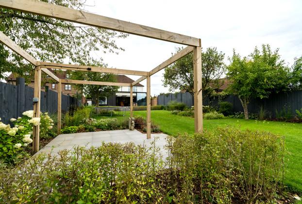 9129 UCHI garden 2