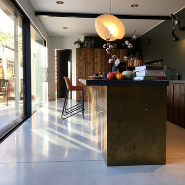 Uchi Architecture 9099