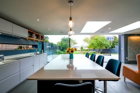 9129 UCHI kitchen 2