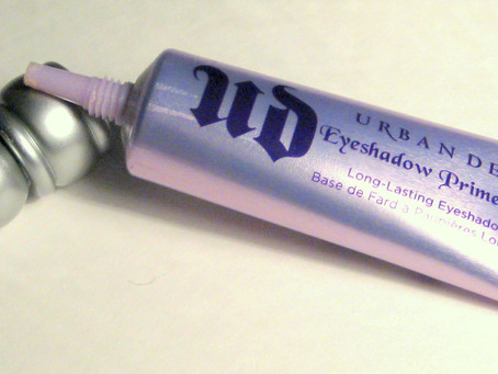 Makeup Review: Urban Decay Eyeshadow Primer Potion
