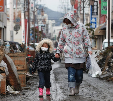 Japan-Earthquake-and-Tsunami-2011-680128