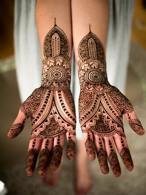 The Art of Henna Body Art - Tuesday July 17 - 6pm