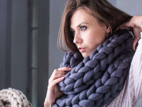Extreme Knitting - Bulky Wool Infinity Scarf - Saturday October 20 - 6pm