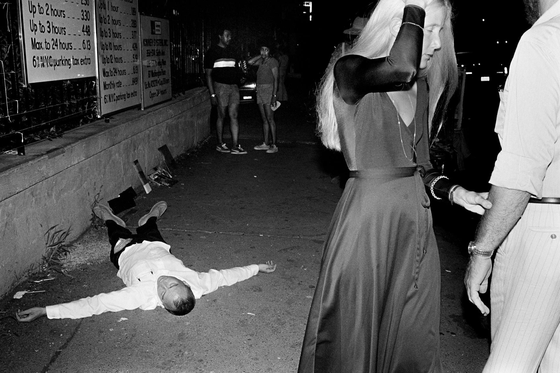 99-DeadDrunk_PhotoIstanbul.jpg