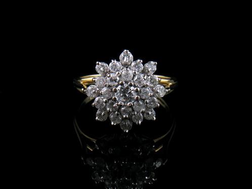 Stunning 1950s 100 Ct Diamond Cluster 18 Ct Gold Ring Birmingham