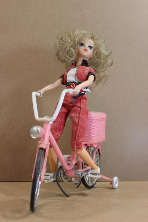 240,00 > Susi ciclista