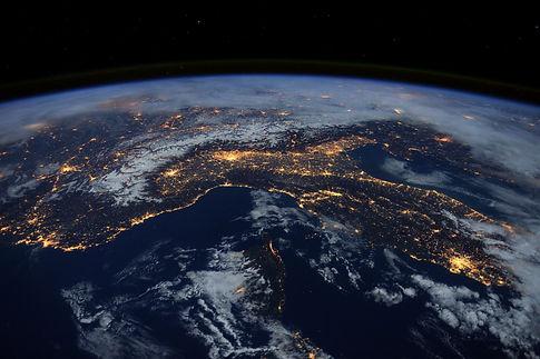 Italia-vista-dallo-spazio1.jpg