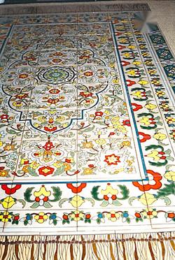 --outdoor tile rug detail