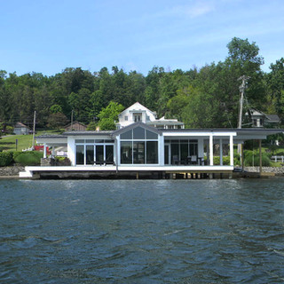 Pole 250 Boathouse