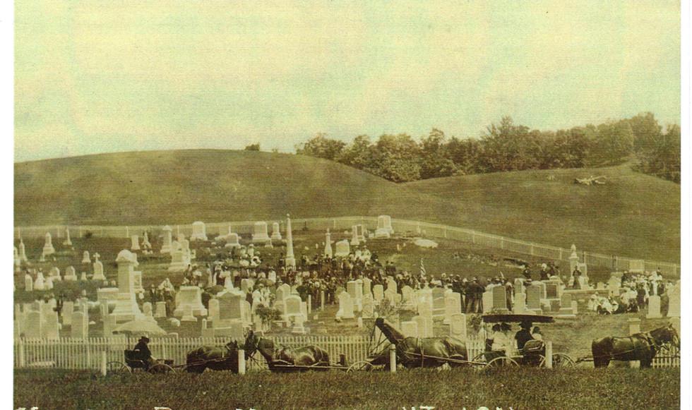 Underhill Cemetery | c. 1911