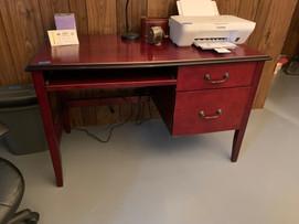 Small office desk.jfif