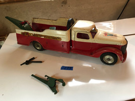 Old toy truck.jfif