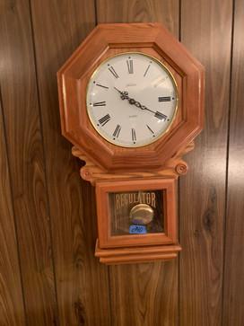 Regulator clock.jfif