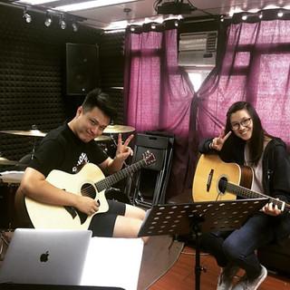 暑期木吉他班