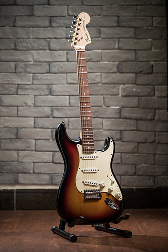 Fender USA Stratocaster Highway One (2007-2008)