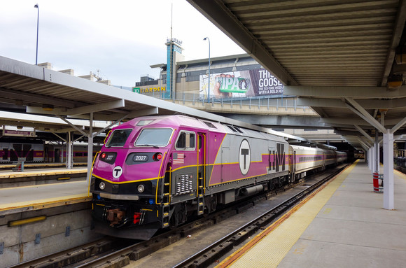Boston North Station, 2015.jpg