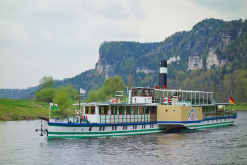 Paddle Steamer in Saxony.jpg