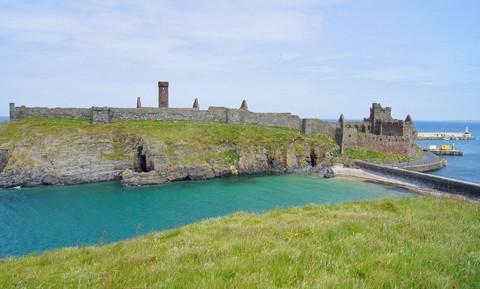 Peel Castle Island.jpg