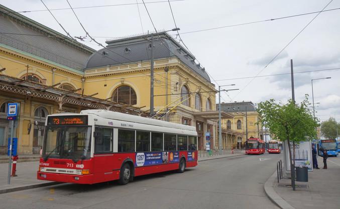 Budapest Trolleybus.jpg