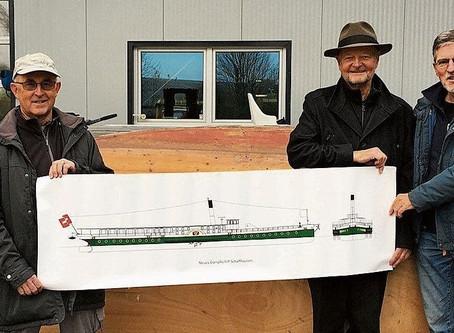 Umzug des Dampfschiffmodells