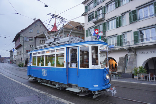 Zurich 1019 Limmatquai.jpg